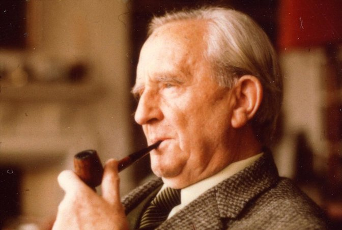 Happy Birthday Tolkien! 6 Facts about the Legend.